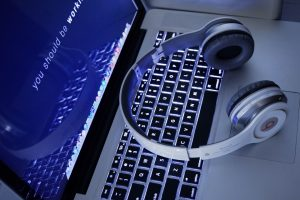 technology-798619_960_720